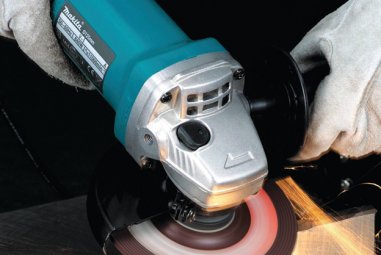 Makita 9557PB 4-1/2-Inch Angle Grinder with Paddle Switch Review